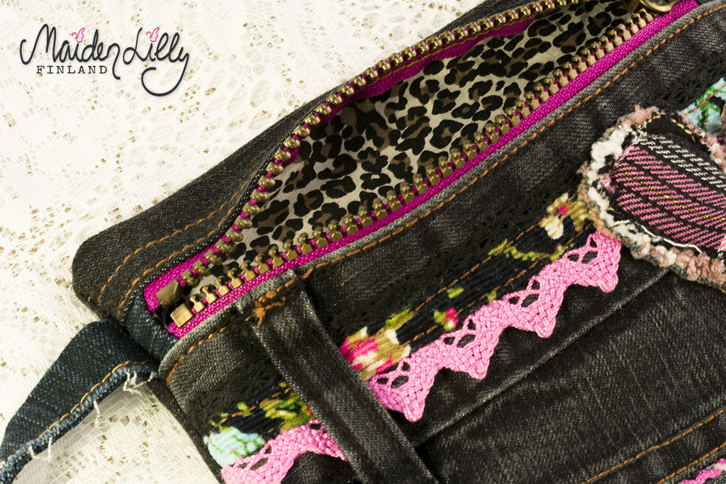 Lilly's Clutch Pussukka